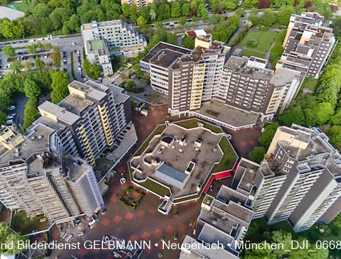 neuperlach.org.gelbmann.org zeigt das Marx-Zentrum von Oben