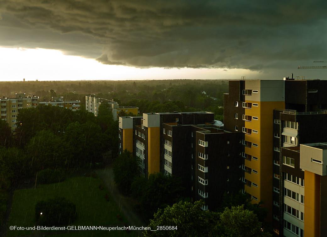 23.06.2021 - neuperlach.org.gelbmann.org - Unwetter am Karl-Marx-Ring