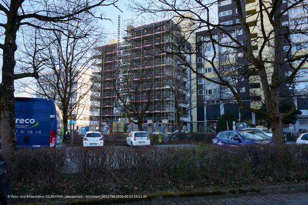 fassadensanierung-marx-zentrum-neuperlach-photographed-by-gelbmann-2020-02-21-15-21-40-dsc2796144FBAD1-0939-40FA-F67C-AB6860854356.jpg