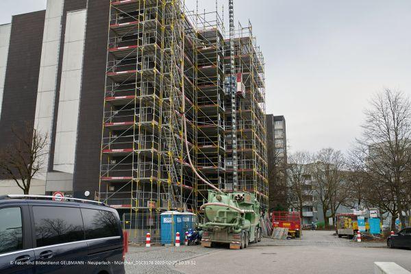 fassadensanierung-marx-zentrum-neuperlach-photographed-by-gelbmann-2020-02-25-10-19-52-dsc3178EE2CAF12-5FDD-8BF9-FBBD-3258C4F9E604.jpg