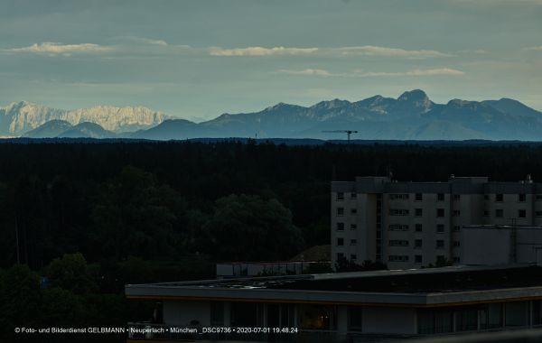gewitterwolken-ueber-in-neuperlach-muenchen-photographed-by-gelbmann-date-jul-01-2020-time-19-48-24-dsc97366ED83B97-8716-5383-D91B-33DAD84F256A.jpg