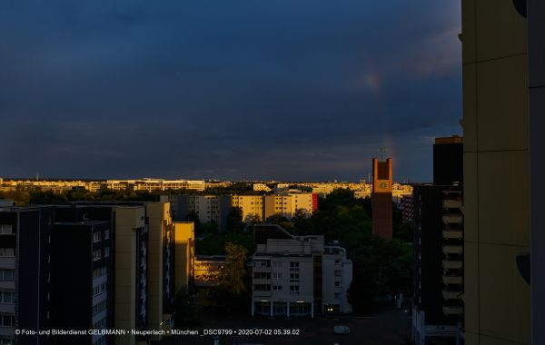 gewitterwolken-ueber-in-neuperlach-muenchen-photographed-by-gelbmann-date-jul-02-2020-time-05-39-02-dsc9799A9846EAC-A645-2FCB-1B7D-2B3BF2F8196F.jpg