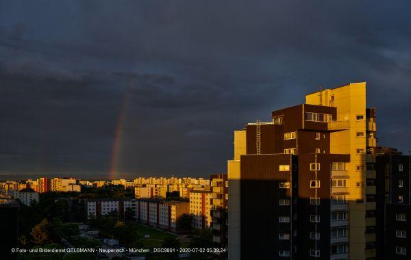 gewitterwolken-ueber-in-neuperlach-muenchen-photographed-by-gelbmann-date-jul-02-2020-time-05-39-24-dsc9801178C04ED-80B2-2312-90B5-756D5D211736.jpg