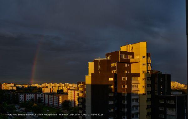 gewitterwolken-ueber-in-neuperlach-muenchen-photographed-by-gelbmann-date-jul-02-2020-time-05-39-26-dsc980423CBA9F4-0978-1BAE-9F6E-B56296AA7B08.jpg