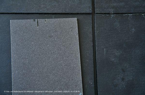 fassadenplatte-in-anthrazit-photographed-by-gelbmann-date-jul-14-2020-time-14-38-55-dsc3006807B77C3-8436-C596-13EC-07F483948F92.jpg