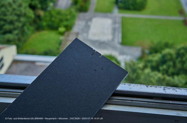 fassadenplatte-in-anthrazit-photographed-by-gelbmann-date-jul-14-2020-time-14-41-26-dsc3026293938CD-57C2-E1F8-5C09-312C021E7016.jpg