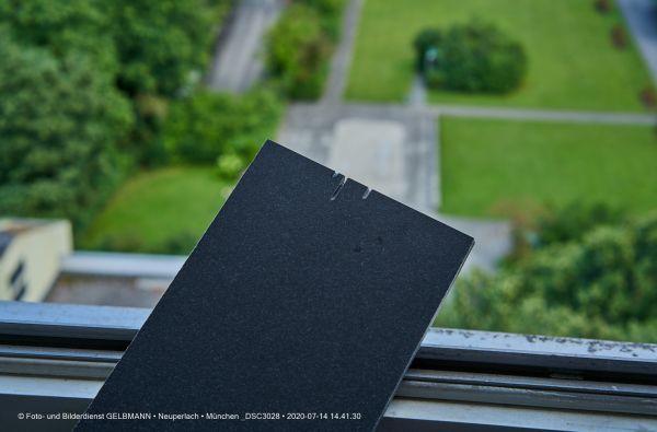 fassadenplatte-in-anthrazit-photographed-by-gelbmann-date-jul-14-2020-time-14-41-30-dsc3028F137A06B-4D85-B2A4-B91F-E7DD1BE6D575.jpg