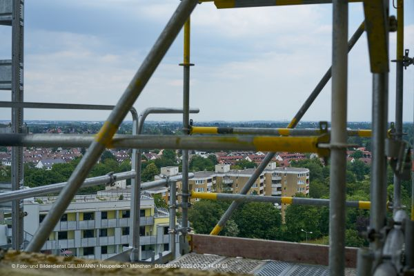 fassadensanierung-im-marx-zentrum-neuperlach-muenchen-photographed-by-gelbmann-date-jul-23-2020-time-14-17-03-dsc48585E53E35C-3107-70E5-8711-DC1924FFB06D.jpg