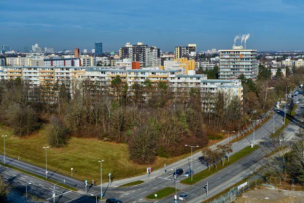 marx-zentrum-panorama-wohnungen-neuperlach-photographed-by-gelbmann-2019-12-11-dsc9202C3683BF4-CC1F-5BDE-32B1-A7F38684E2D9.jpg