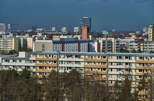 marx-zentrum-panorama-wohnungen-neuperlach-photographed-by-gelbmann-2019-12-11-dsc96368FF1C117-1A80-16C8-8A54-B9DECAD87DAF.jpg