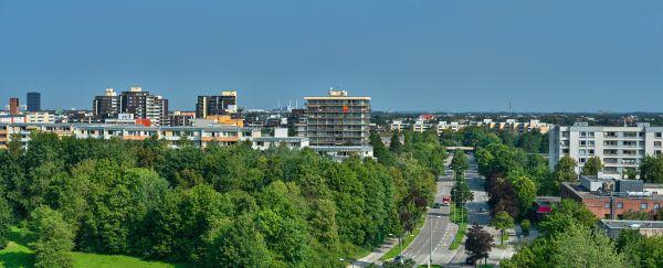 panoramafotos-marx-zentrum-neuperlach-photographed-by-gelbmann-am-2019-08-26marx-zentrum-dsc6027-panoramaD2A31815-82A0-C21B-E4AE-808E7FFF2425.jpg
