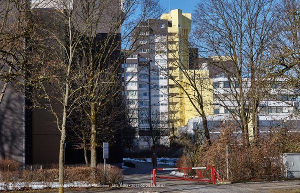marx-zentrum-neuperlach-von-sueden-fotografiert-muenchen-photographed-by-gelbmann-date-feb-24-2012-time-09-46-07-mg-6493FBAD6B5C-B6BB-F395-C44C-CAB81F99BC22.jpg