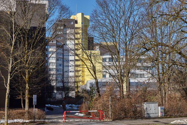 marx-zentrum-neuperlach-von-sueden-fotografiert-muenchen-photographed-by-gelbmann-date-feb-24-2012-time-09-46-11-mg-6497FCE59E41-3D43-D666-CB33-B4292CE892F7.jpg