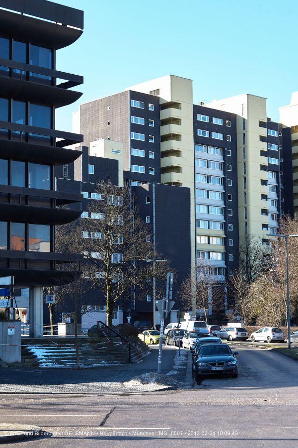 marx-zentrum-neuperlach-von-sueden-fotografiert-muenchen-photographed-by-gelbmann-date-feb-24-2012-time-10-09-49-mg-66077CC9F5F3-CEBA-7D29-BD4D-A3AF1E1DE37E.jpg