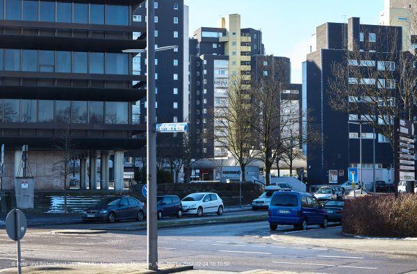 marx-zentrum-neuperlach-von-sueden-fotografiert-muenchen-photographed-by-gelbmann-date-feb-24-2012-time-10-10-50-mg-6631C57B017D-B213-50A1-AEA5-A4CDA03D23D5.jpg