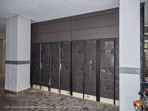 eingangsbereich-im-peschelanger-7-marx-zentrum-muenchen-photographed-by-gelbmann-3890432765A272C-7142-BB47-F7C7-FF67137360F6.jpg