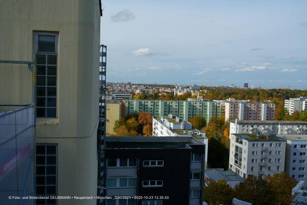 baubesichtigung-peschelanger-10-neuperlach-photographed-by-gelbmann-dsc592129CEC752-D123-D7CB-2097-74996468DA03.jpg